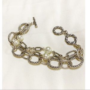 Jewelry - Pretty silver mixed pearl bracelet
